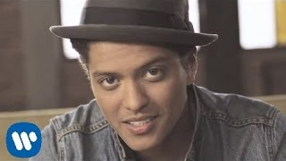 Bruno Mars - Just The Way You Are OFFICIAL VIDEO