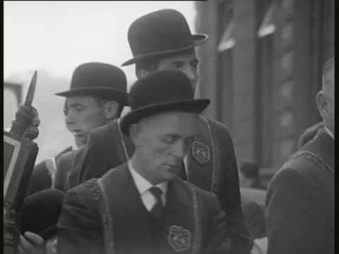 Derry City Ireland - 1964  ( Radharc )