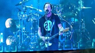 pearl jam corduroy live concert fenway park 8 05 16 boston