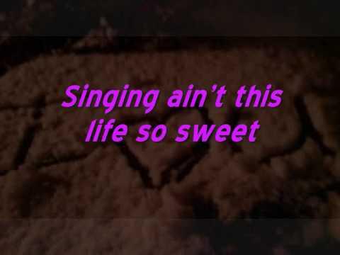 David Gray - This years love Lyrics