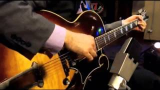 vuclip Solo Jazz Guitar - Andy Brown Solo at the Whiskey Lounge
