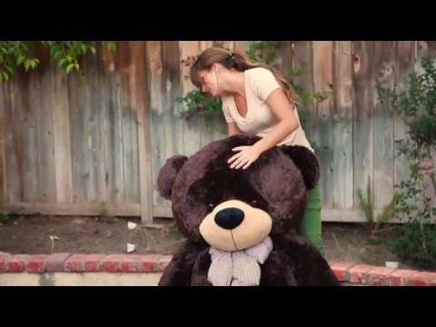 Life size Brown Teddy bear from Giant Teddy 6 foot