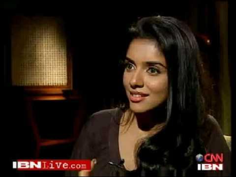 I like the incomplete romance in Ghajini - Asin