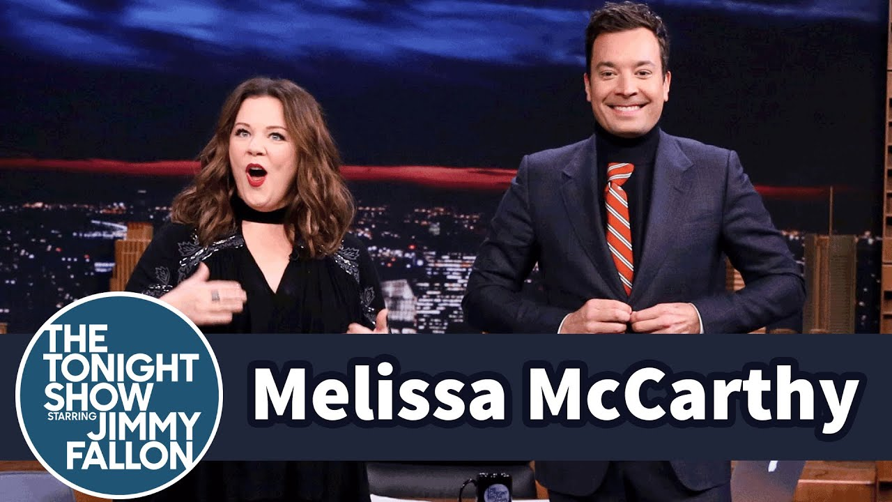 cffcab9bae4 Melissa McCarthy Gifts Jimmy a Turtle-Tie Dickey - YouTube