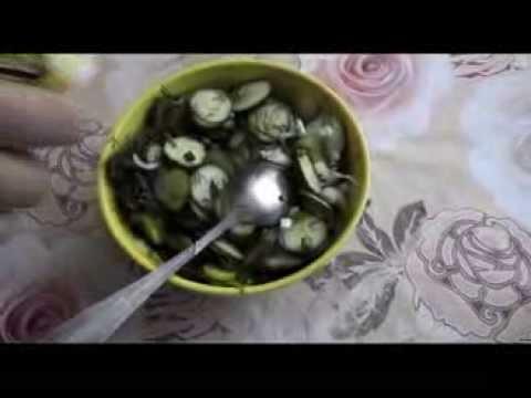 """Салат из фасоли экономный. Серия """"Каша из топора""""из YouTube · С высокой четкостью · Длительность: 3 мин26 с  · Просмотры: более 87000 · отправлено: 13.06.2015 · кем отправлено: Кухня Тори. Простые видео рецепты."""