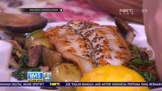 Hobi masak dan butuh banyak referensi soal teknik dan resep makanan yang yummy abis. Wajib nonton Let's Cook. Dipandu host yang merupakan chef kece, ...