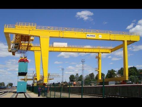 Контейнерный кран на рельсовом ходу RMG компании БАЛТКРАН. RMG Crane Of BALTKRAN