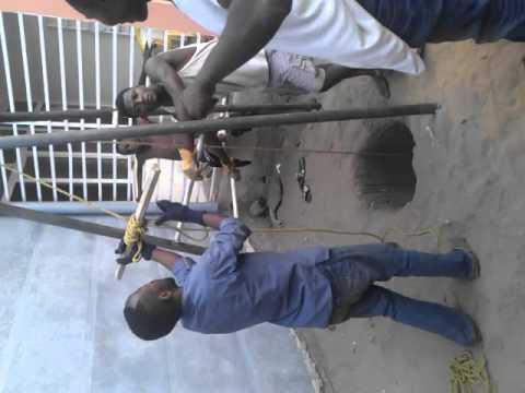 tari re manuelle tari re manuelle pour forage de puits. Black Bedroom Furniture Sets. Home Design Ideas