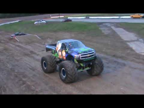 All American Monster Truck Tour - Nothing But Trouble (Donut Competition)