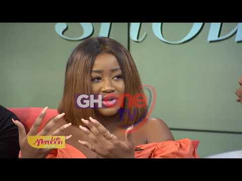 The Late Afternoon Show with Berla: Social Media vas Real Life- Why fake it for the gram?