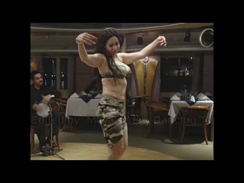 الراقصة ميار ترقص ببدلة خفيفة
