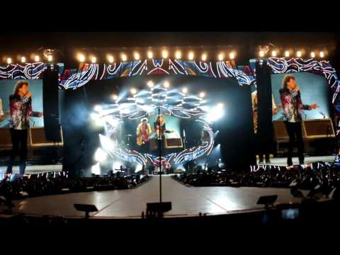 Rolling Stones Intro + Start Me Up Santiago Chile 2016 Olé Tour