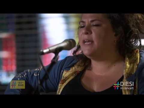 Ματούλα Ζαμάνη / Ξένος για σένανε κι εχθρός | Diesi In Concert