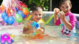 Bunch O Balloons Water Fight Anna and Victor in Kiddie Pool!
