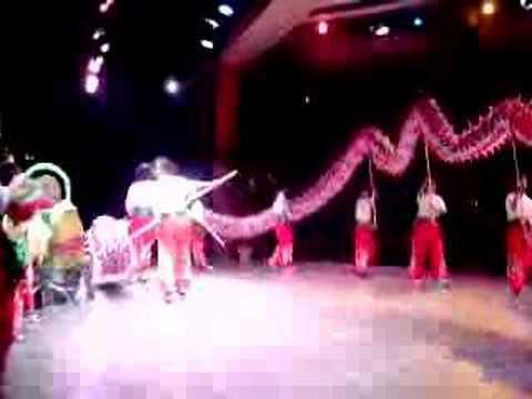 Joi Ying Dragon Dancing