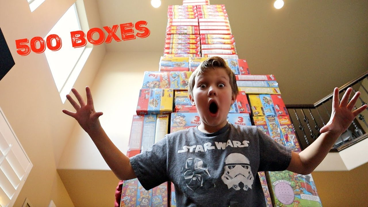 world-s-tallest-cereal-box-tower-500-cereal-boxes