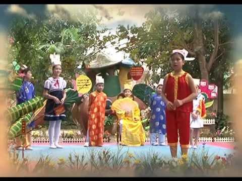 trường tiểu học nguyễn du tp hà tĩnh.diễn táo quân (lớp 5b khoá 2012_2013)