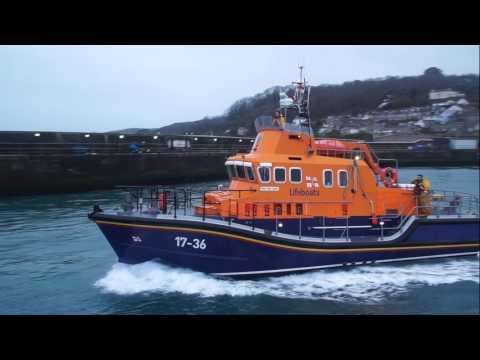 Penlee & Sennen lifeboats assisst disabled coaster.