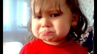 девочка плачет под песню и поют(спокойный ночи., 2013-05-28T19:39:07.000Z)