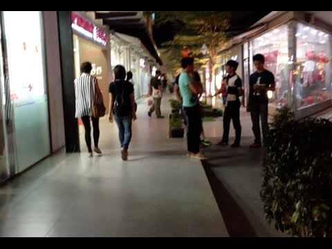 TK Avenue lifestyle shopping mall and high class shops and restaurants 2