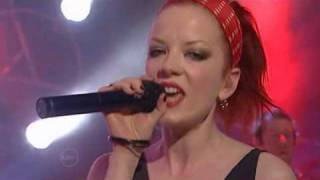 "Garbage ""Why Do You Love Me"" [Rove:Live] 2005"