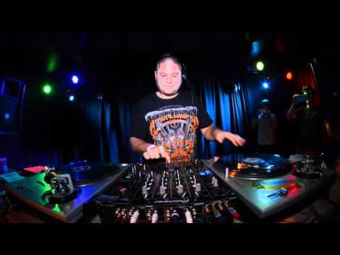 DJ FLUX - Gangster Trippin Night / DnB Intro (cz/sk DMC champion 2015)