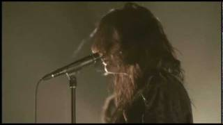 The Dead Weather - So Far From Your Weapon (From The Basement)