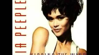 Nia Peeples - Kissing the wind