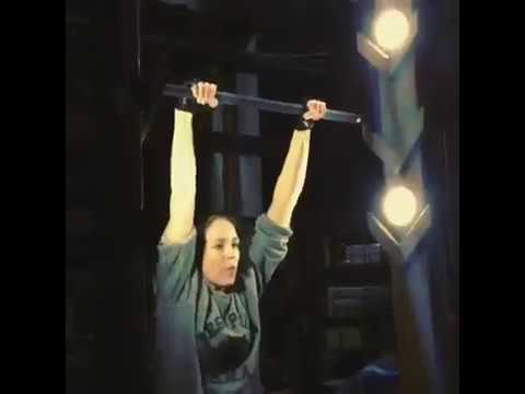 Caity Lotz tried the chin Ladder. Arrow