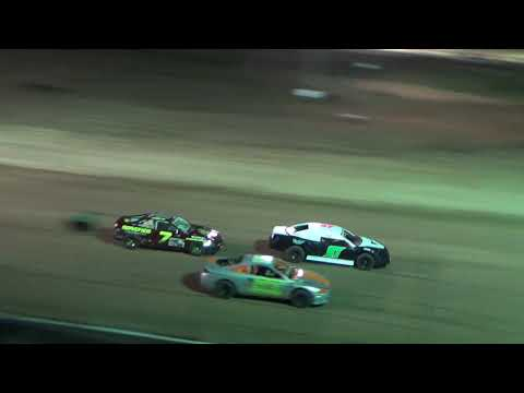 4 cylinder Heat race #2 on 04-27-2018 at I-96 Speedway.