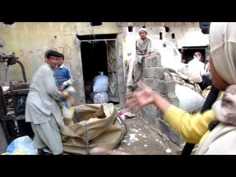 Living Off a Dump in Karachi, Pakistan