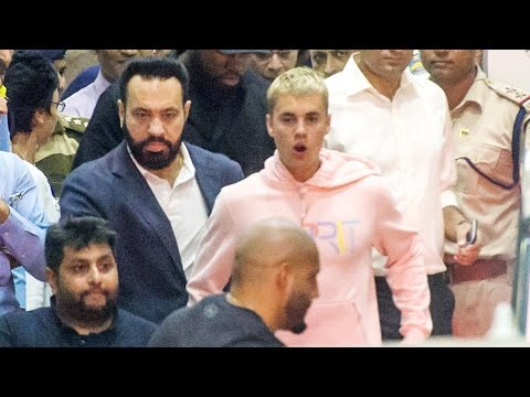 Justin Bieber's Grand Entry At Mumbai Airport For Purpose Tour In India