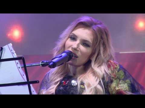 "Yulia Samoilova song ""The Wall"" in Sevastopol Crimea"