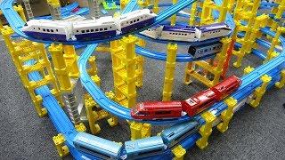 Plarail Train Toy Tower Lane Course Animal Jumping Dodge
