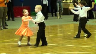 5-летние дети классно танцуют ча-ча №10
