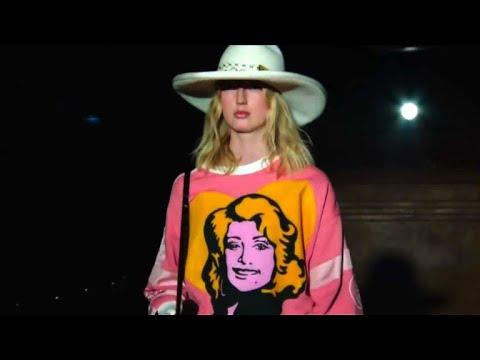 Fashion week: Jane Birkin chante pour Gucci
