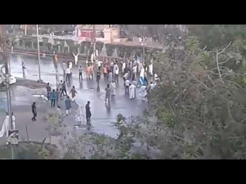 Karachi: Due to Clash between JamateIslami & Police near Nursery,