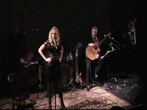 Karen Kohler sings