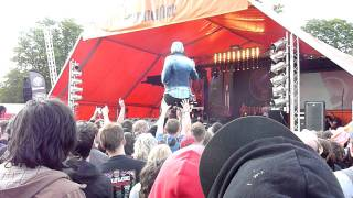 Bowling For Soup - '1985' Live at Download Festival 2011