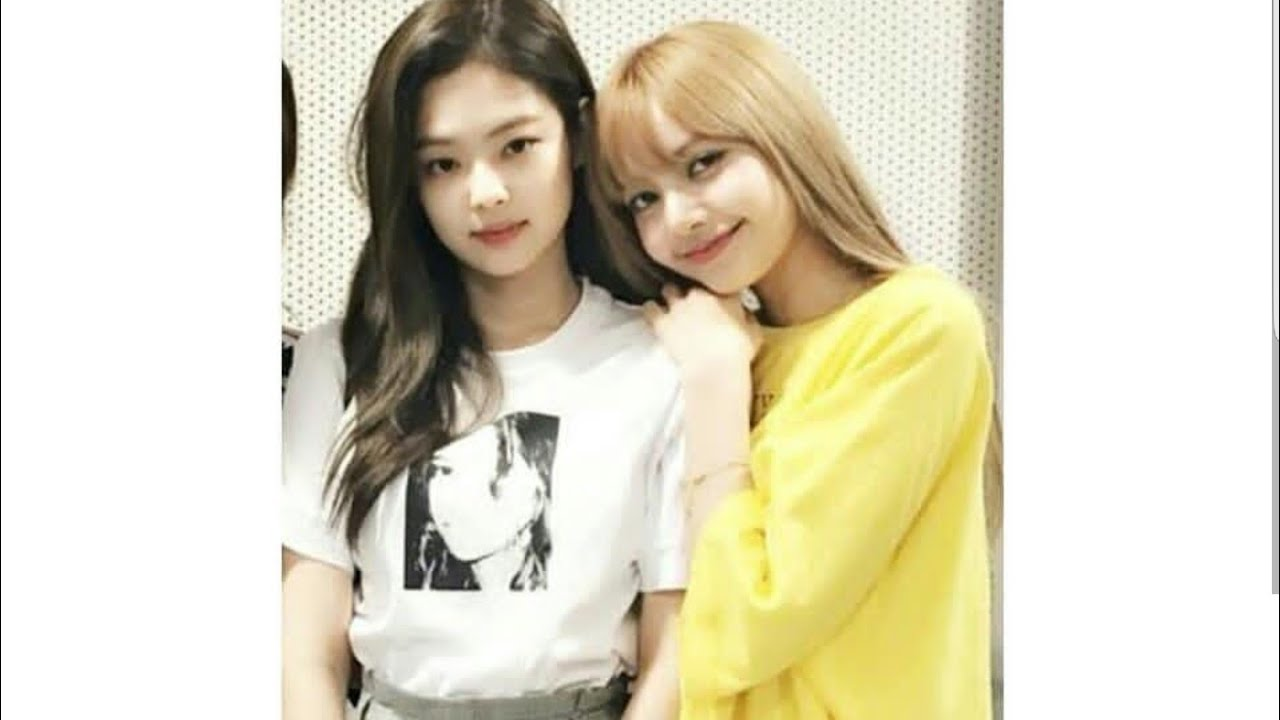 Blackpink Lisa And Jennie Always Show Their Love To Each Other
