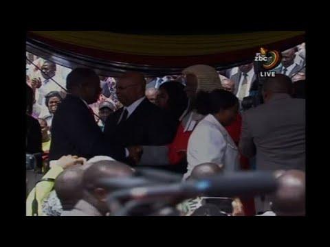 Emmerson Mnangagwa arrives for his inauguration