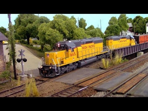HO Scale OPS: Union Pacific on the Summers Job. 1