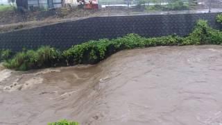 農業用のダムを倒してもらいました。
