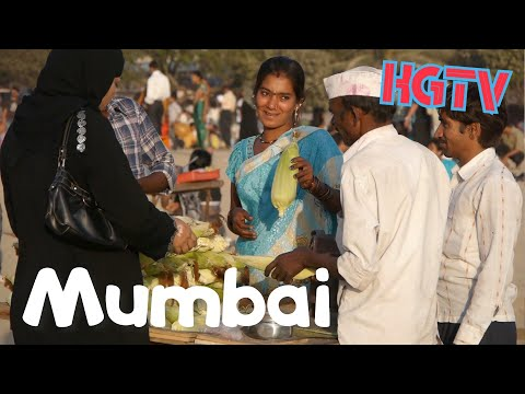 Mumbai (Bombay) Chowpatty Beach India