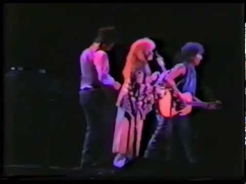 Bob Dylan - Tom Petty - Stevie Nicks - Knockin on Heavens Door - 1986