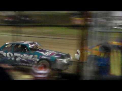Stock Car Heat 1 @ Marshalltown Speedway 04/07/17