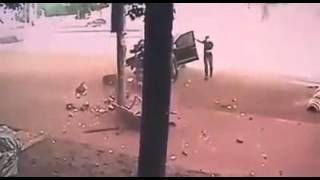 Một vụ tai nạn thảm khốc được camera tình cờ ghi lại