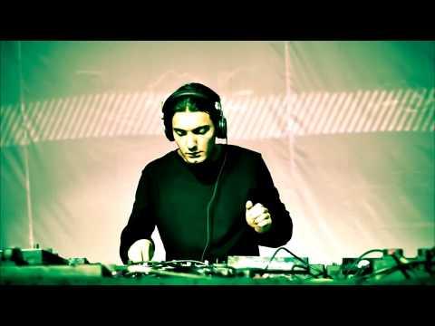 Alesso ft. Kinnda - Falling (BROHUG Remix)
