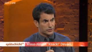 Knacki Deuser trinkt keinen Wein aus der Tüte