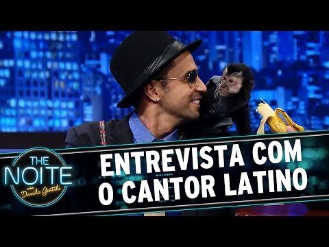 The Noite (23/12/15) - Entrevista Com Latino